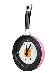 Omelette Pan Clock Fry Pan Kitchen Fried Egg Design Wall Clock Home Decor (Random Color)