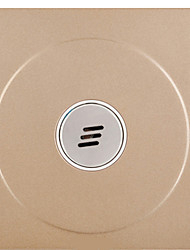 Задержка коридора индуцированное акустического переключателя управления