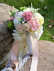 Bouquets de Noiva Redondo Rosas Lírios Peônias Buquês Casamento Festa / noite Poliéster Cetim Tafetá Renda Elastano Flôr Seca Strass