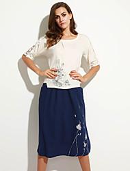 Swing Robe Aux femmes Décontracté / Quotidien / Grandes Tailles simple,Broderie Col Arrondi Midi ½ Manches Bleu / Rose / Beige / Vert Lin