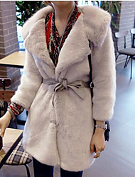 Women's Casual/Daily Simple Fur Coat,Solid Round Neck ¾ Sleeve Fall / Winter Blue / White Faux Fur