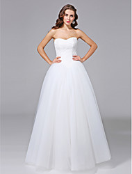 2017 Lanting Bride® Ball Gown Wedding Dress - Classic & Timeless Open Back Floor-length Strapless Lace / Tulle with Lace