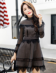 2016 winter new US do not reach frontline entertainment Heavy openwork crochet lace dress women short paragraph Slim