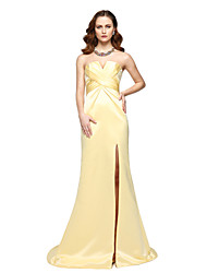 2017 TS Couture® Formal Evening Dress - Elegant Celebrity Style Sheath / Column Strapless Floor-length Chiffon Satin with Side Draping Pleats
