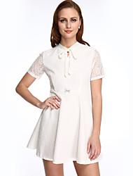 De las mujeres Encaje Vestido Casual/Diario / Tallas Grandes Simple,Un Color Cuello Camisero Mini Manga Corta Blanco / Negro Poliéster