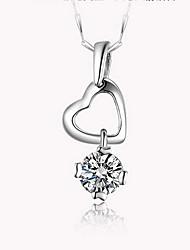 Кулоны Стерлинговое серебро Имитация Алмазный Базовый дизайн Уникальный дизайн Сердце Мода Серебряный Бижутерия Повседневные 1шт