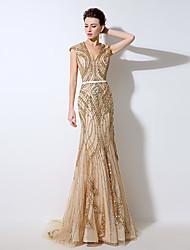 Formal Evening Dress Trumpet / Mermaid V-neck Floor-length Tulle with Beading