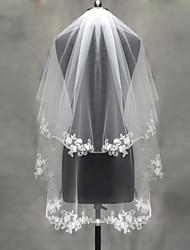 Véus de Noiva Duas Camadas Véu Ruge Véu Cotovelo Véu Ponta dos Dedos Borda com aplicação de Renda Corte Pérola Tule