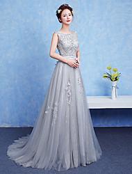 A-ligne scoop cou longueur de plancher robe de soirée formelle en dentelle avec bande / ruban