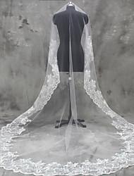 Hochzeitsschleier Einschichtig Gesichts Schleier Ellbogenlange Schleier Fingerspitzenlange Schleier Kathedralen Schleier Spitzen-Saum Tüll