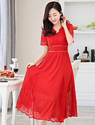 Shipped Korean version of the solid color stitching lace short-sleeved long section V-neck dress leisure wild