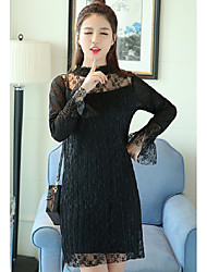 Sign 2017 spring new openwork crochet horn sleeve crimping Slim was thin and long sections bottoming dress