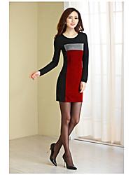 2017 printemps nouvelles femmes&Le cou rond a frappé le couture de la couleur Le soutien en tricot était mince et gros plan même