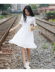 Korea lace dress summer fresh solid color loose hook flower hollow temperament was thin fashion small fragrant wind