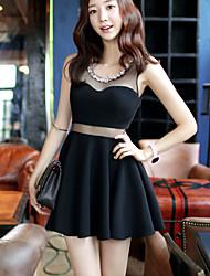 petite robe noire nouvelles dames de boîte de nuit de la hanche paquet mince veste robe sexy talonnage