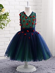 A-line Knee-length Flower Girl Dress - Lace Tulle V-neck with Flower(s) Lace Pleats
