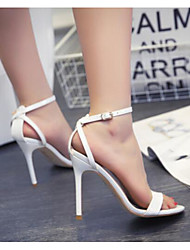 Sapatas do clube da mola das sandálias das mulheres