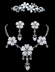 Bridal Jewelry Sets Flower Style Rhinestone Alloy Flower 1 Necklace 1 Pair of Earrings 1 Hair Jewelry For Wedding Party