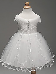 Ball Gown Knee-length Flower Girl Dress - Satin Tulle Polyester Short Sleeve Off-the-shoulder withBow(s) Crystal Detailing Embroidery