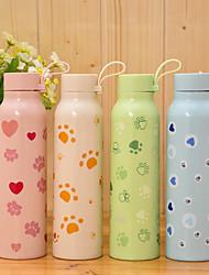Qute симпатичный сплошной цвет non одноразовая стеклянная бутылка (случайный тип)