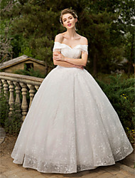 Ball Gown Wedding Dress - Elegant & Luxurious Sparkle & Shine Floor-length Off-the-shoulder Lace with Appliques Beading