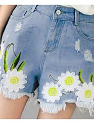 пятно лето новый свежий и элегантный вышитые Цветки мелкие изношен джинсовые шорты шорты женский ветер колледжа