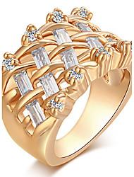 Mulheres Anéis Grossos Anel Zircônia cúbica Moda Vintage Elegant Zircônia Cubica Forma Redonda Jóias Para Casamento Festa Diário