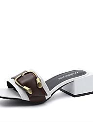 Для женщин Сандалии Удобная обувь Полиуретан Лето Удобная обувь На низком каблуке Желтый Светло-черный Светло-серый 4,5 - 7 см