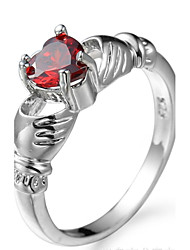 Ring Women's Euramerican Luxury Classic Heart Red Zircon Ring Daily Chrismas Movie Thank You Gift Jewelry