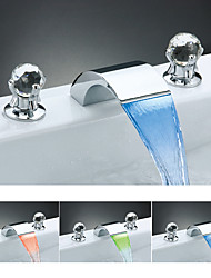 Color Cambiante Cristal Muy Difundido Cristal Cascada Luces Luz LED with  Válvula Cerámica Dos asas de tres agujeros for  Cromo , Baño