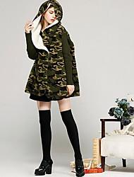 Для женщин На каждый день Зима Куртка Рубашечный воротник,Уличный стиль камуфляж Обычная Длинный рукав,Хлопок
