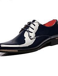 Masculino sapatos Couro Envernizado Primavera Outono Conforto Inovador Oxfords Cadarço Para Casamento Festas & Noite Preto Azul
