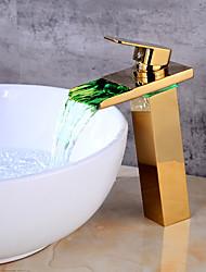 По центру Керамический клапан Одно отверстие for  Золотой , Ванная раковина кран