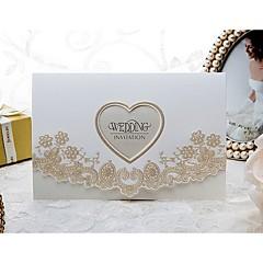 Nepřizpůsobeno složený třikrát Svatební Pozvánky Pozvánky-50 Kusů v sadě Formální styl / Květinový styl / Moderní styl Embosovaný papír6