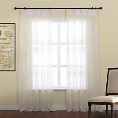 zwei Platten anmutige Blätter Stickerei Polyester transparente Vorhang