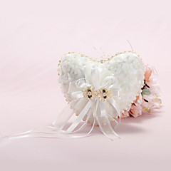 Heart Shaped Ring-Kissen mit Perlen-und Organza-Blumen Gefüttert
