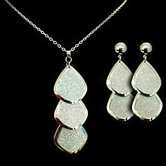 Jewelry Set Women's Wedding / Gift / Party / Special Occasion Jewelry Sets Alloy Necklaces / Earrings Silver