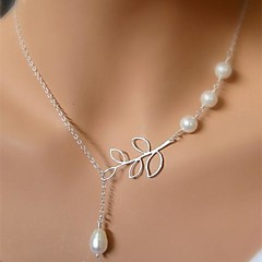 Women's Pendant Necklaces Pearl Necklace Leaf Pearl Alloy Unique Design Tassel European Bridal Jewelry ForWedding Party Birthday Gift