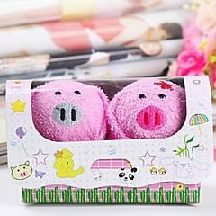 verjaardagscadeau varken vorm fiber creatieve handdoek (willekeurige kleur) (2 stuks / set)