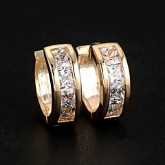スタッドピアス フープピアス ジルコン 合金 シルバー ゴールデン ジュエリー のために 結婚式 パーティー 日常 カジュアル スポーツ 1セット