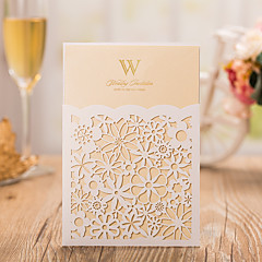 Personalized Folded  Wedding Invitations Invitation Cards-50 Piece/Set Pearl Paper Vertical