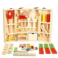 boîte à outils de jouet en bois
