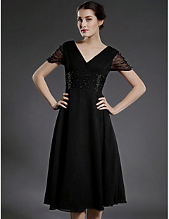 Lanting A-line Plus Sizes / Petite Mother of the Bride Dress - Black Tea-length Short Sleeve Chiffon / Tulle