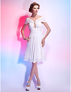 Homecoming Cocktail Party/Homecoming/Graduation Dress - White Plus Sizes A-line/Princess Off-the-shoulder/V-neck Knee-length Chiffon