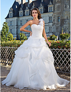 Lanting Bride® Ball Gown Petite / Plus Sizes Wedding Dress - Classic & Timeless Floor-length One Shoulder Organza