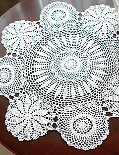 Handmade crochet blanc look Nappe Vintage