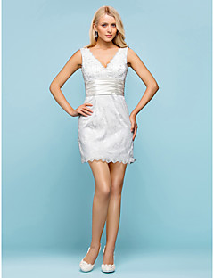 Lanting Sheath/Column Plus Sizes Wedding Dress - Ivory Short/Mini V-neck Lace