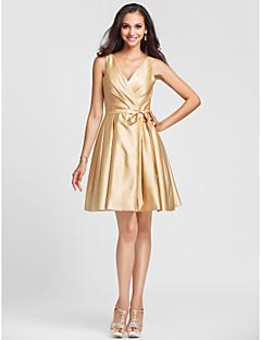 A-linje/Prinsesse V-hals - Knælængde Satin Brudepigekjole Guld Plus Sizes