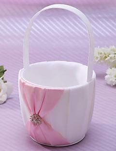 virágkosár rózsaszín szatén strasszokkal és a szárny virágáruslány kosár korall esküvői