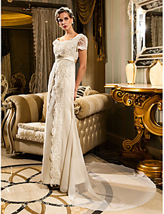 Lanting Bride® Sheath / Column Petite / Plus Sizes Wedding Dress - Classic & Timeless / Glamorous & Dramatic Vintage Inspired / Lacy Looks
